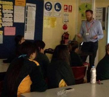 Dr Cameron Webb sharing his work and life as a scientist with Year 9 students.